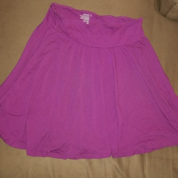 Old Navy Dresses & Skirts - Old Navy cute light weight skirt